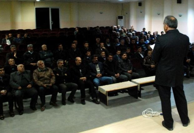 Midyat İlçe Sosyal Güvenlik Kurumu Muhtarlara Yönelik Bilgilendirme Toplantısı Düzenledi