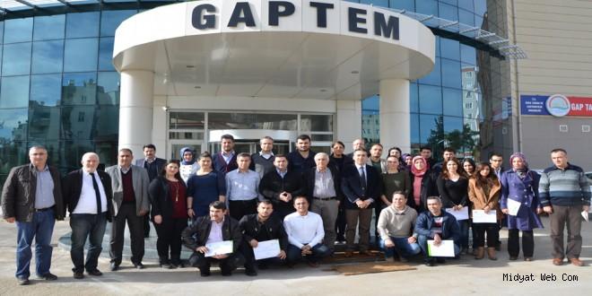 Midyat'lı Tarım Danışmanları GAP Tarımsal Araştırma Enstitüsü Müdürlüğünde Seminere Katıldı