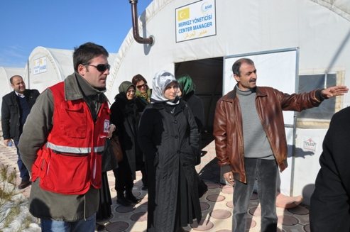 Midyat'ta Bulunan Suriyeli Ve Iraklılara Yardım