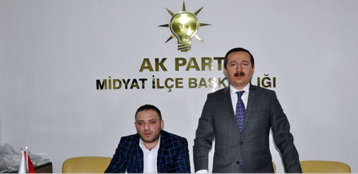 Dr. Mehmet Baş, teşkilatının Midyat Gençlik Kolları ile buluştu