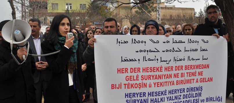 Midyat'ta Süryaniler Yürüyüş Ve Basın Açıklaması Yaptı