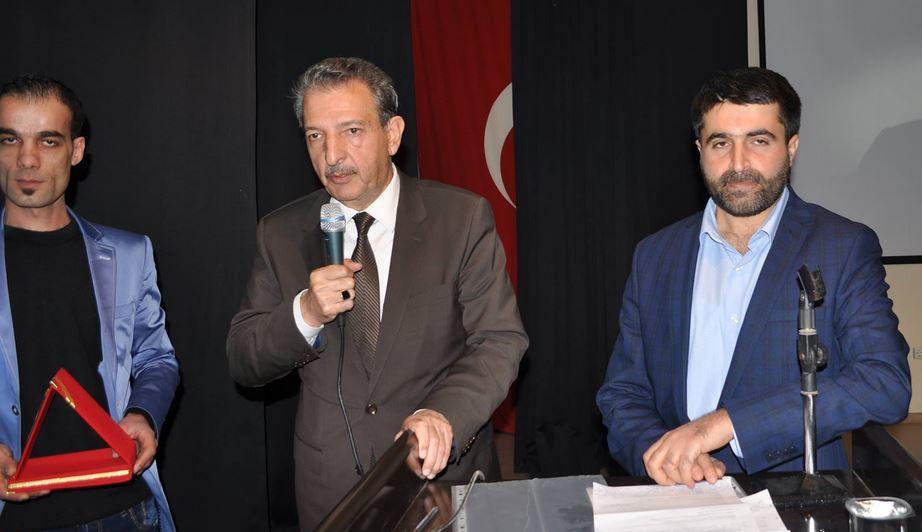 Midyat Anadolu Gençlik Derneği Erbakan'ı Anlamak Konulu Bir Konferans Düzenledi