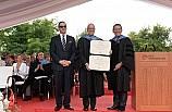 Koç Üniversitesi 24'üncü yıl mezunlarını verdi