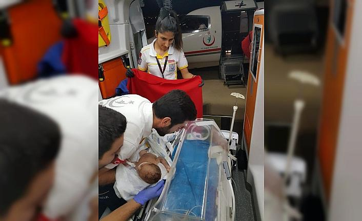Ambulans uçak minik Şeyma için havalandı
