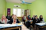 Belediye, bin 74 kadına okuma yazma öğretti
