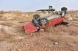 Gaziantep'te otomobil devrildi: 2 yaralı