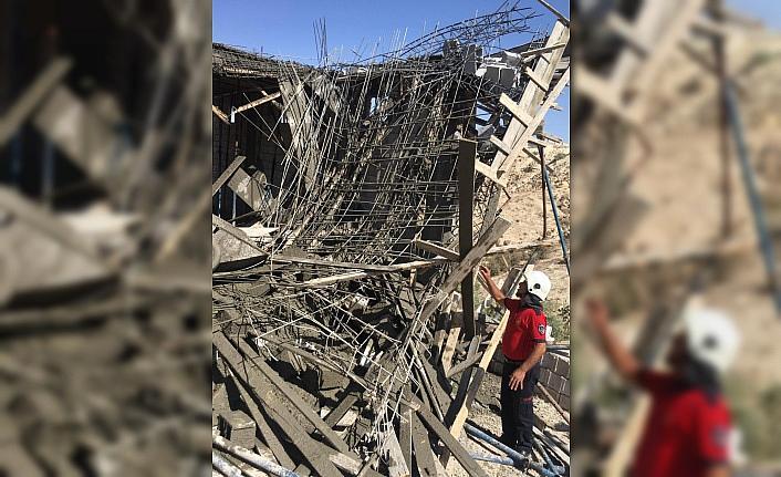Şanlıurfa'da inşaatta çökme: 3 yaralı