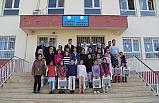 Midyat'ta 300 Öğrenciye Eşofman Hediye Edildi