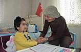 SMA hastası Firdevs'in evde eğitim sevinci