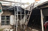 Adıyaman'daki sağanak evin damını çökertti