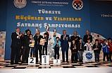 7 yaşındaki satranççı Mardinli Baver'den yenilgisiz şampiyonluk