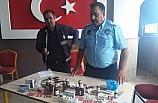 Bakkal dükkanında yüzlerce tıbbi ilaç ele geçirildi