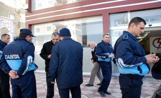 Midyat Dedaş Hizmet Binası Belediye Tarafından Mühürlendi