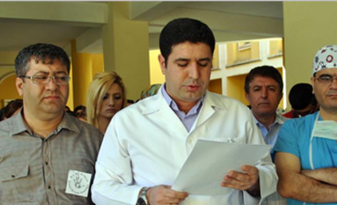 Samsun'da Doktorun Öldürülmesi Midyat'ta Protesto Edildi