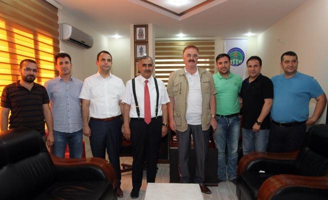 Vali Koçak Mezopotamya Gazeteciler Cemiyetine iadeyi ziyarette bulundu