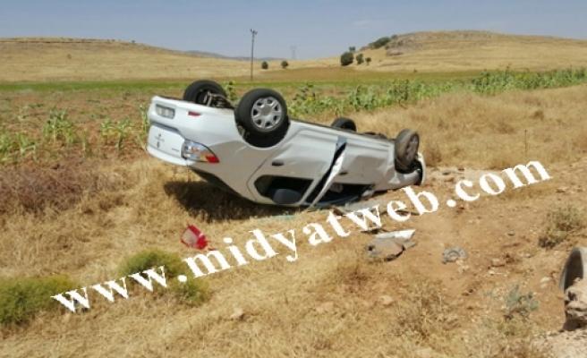 Midyat ilçesinde meydana gelen trafik kazasında 3 kişi yaralandı