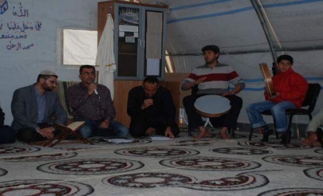 Midyat'taki Suriyeli Sığınmacılardan Mevlit