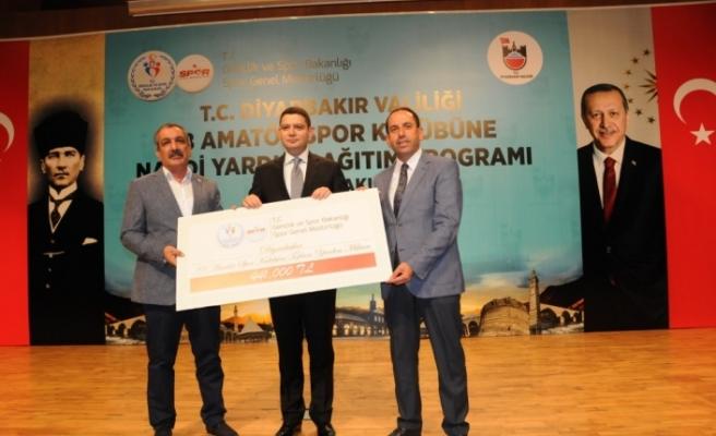 Diyarbakır'da amatör spor kulüplerine destek