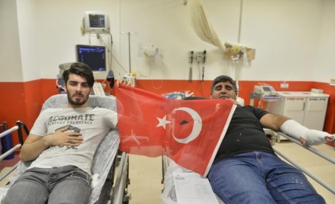 Mardin'de HDP'liler AK Partililere saldırdı: 8 yaralı