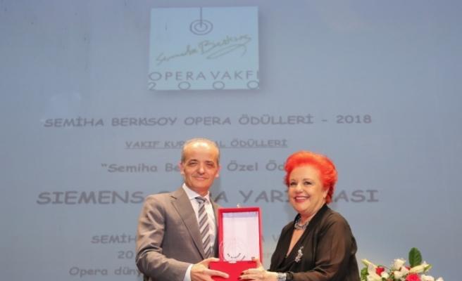 Semiha Berksoy Özel Ödülü Siemens'in