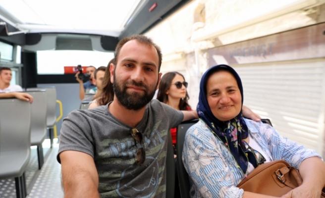 Mardin'de turistlere rehber eşliğinde ücretsiz tur