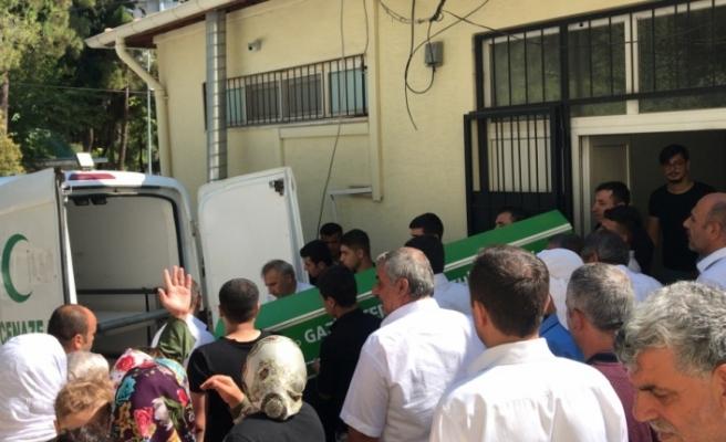 Merdivenlerden düşen çocuk yaşam mücadelesini kaybetti