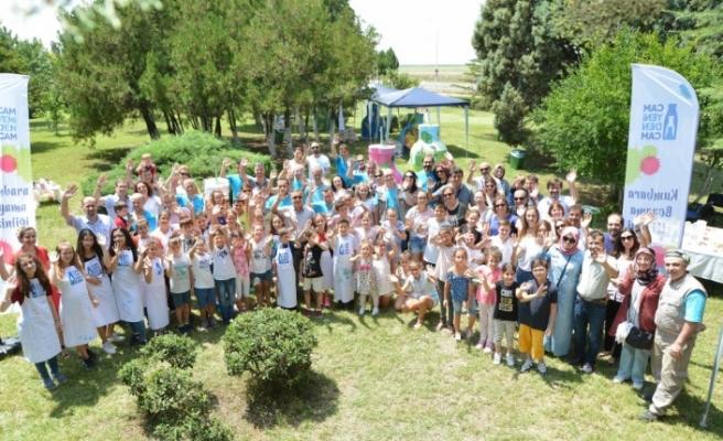Şişecam ailesi Kırklareli'de geri dönüşüme renk kattı