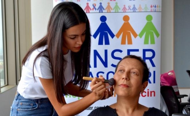 Kanserli kadınlar kendilerine iyi bakıyor
