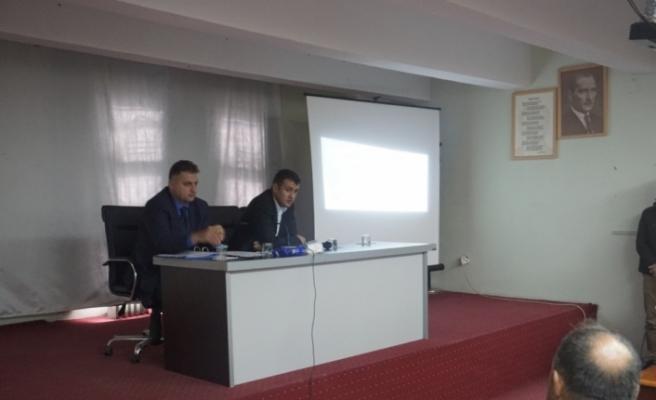 Gercüş Belediye Başkan Vekili Kaymakam Şekerci muhtarlarla görüştü