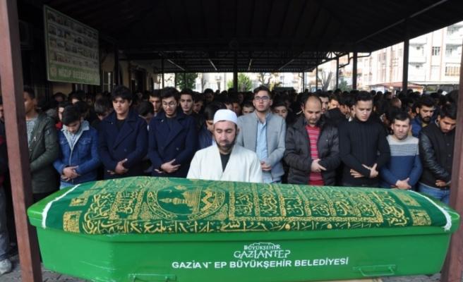 Organları 6 kişiye umut olan Mehmet toprağa verildi