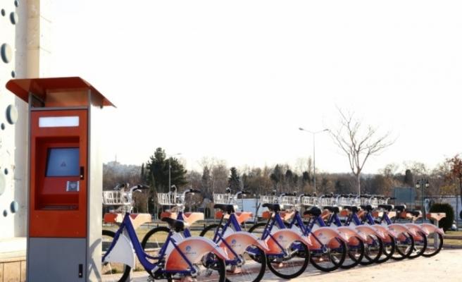 Trafik sorununa bisikletli çözüm