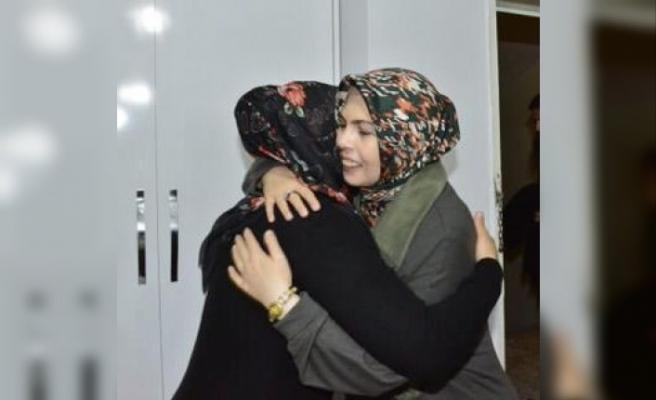 Vali Güzeloğlu, şehit ailesini ziyaret etti