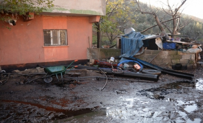 Gaziantep'te petrol boru hattına yıldırım düşmesi
