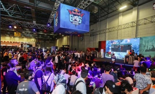 Red Bull Gaming Ground Gamex'te oyunseverlerle buluştu