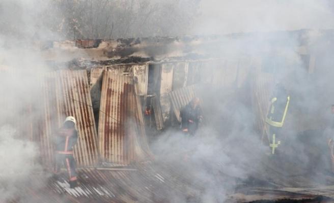GÜNCELLEME - Siirt'te Kuran kursu binasında yangın