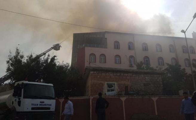 Siirt'te Kuran kursu binasında yangın