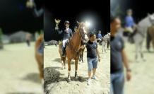 Kadın Biniciler Türkiye Kupası Senem Kibar'ın