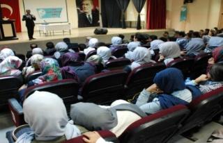 Midyat Secde Derneği tarafından, 'İslami şahsiyet...