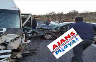 Midyat'ta Trafik Kazası : 1 Ağır, 7 Kişi Yaralı
