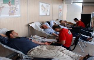 Midyatta Türk Kızılayına Kan Bağışı