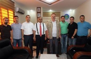Vali Koçak Mezopotamya Gazeteciler Cemiyetine iadeyi...