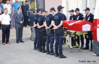 Şehit polise ilk tören Midyat'ta yapıldı