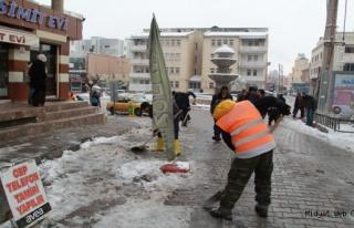 Midyat'ta Kar Temizleme Çalışmaları