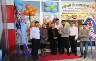 Midyat'ta iki kadın girişimci, paça salonu açtı
