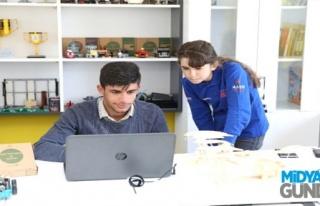 Sivrice' Köyünden İspanya'da Şampiyonluğa Uzandılar