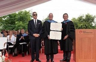 Koç Üniversitesi 24'üncü yıl mezunlarını...