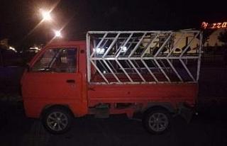 Şanlıurfa'da kamyonet hırsızlığı