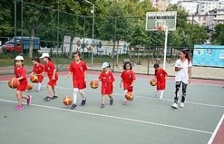Eyüpsultan Belediyesi'nden yaz okulu hizmeti