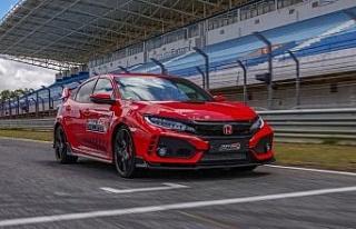 Honda Civic Type R'den yeni rekor