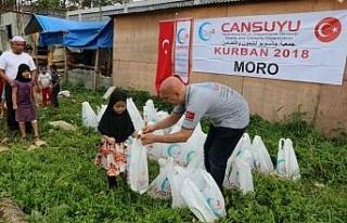 Cansuyu, Marawi'de 3 bin 500 aileye kurban eti dağıttı